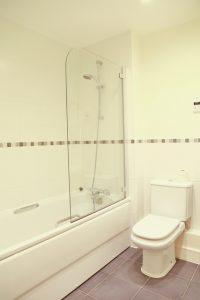 Abingdon Court Bathroom